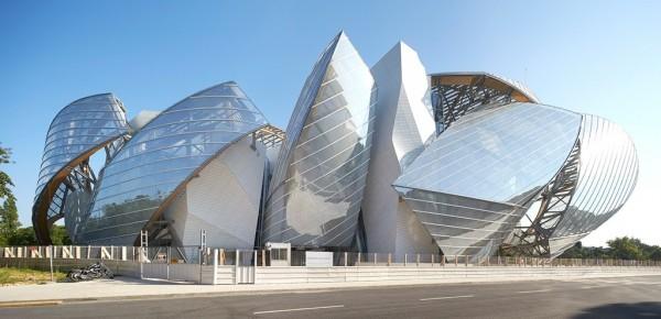 Fondation-Louis-Vuitton-Hufton-Crow-13-600x290